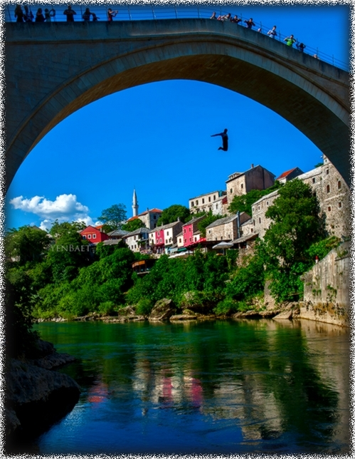 Mostar - Traditional Dive from Stari Most