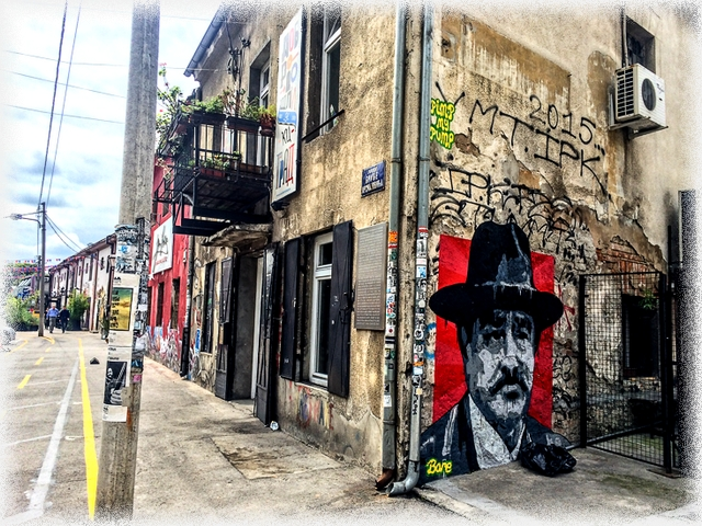 belgrade-street-art-face