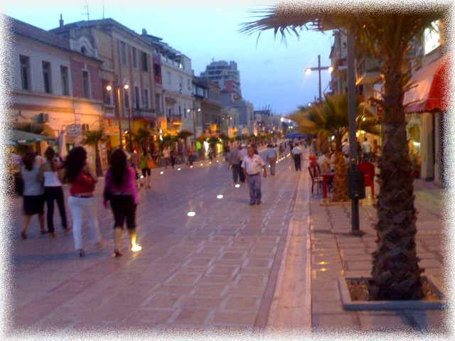 Downtown-before-the-sunset-durres-albania+1152_12965746967-tpfil02aw-18272