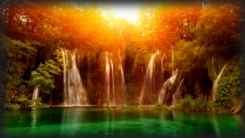 plitvice-waterfall-at-high-noon