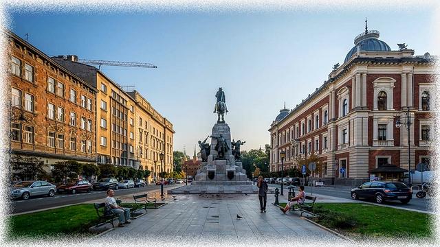 Plac Jana Matejki - Pomnik Grunwaldzki